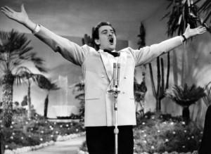 Domenico Modugno canta Volare a Sanremo 1958